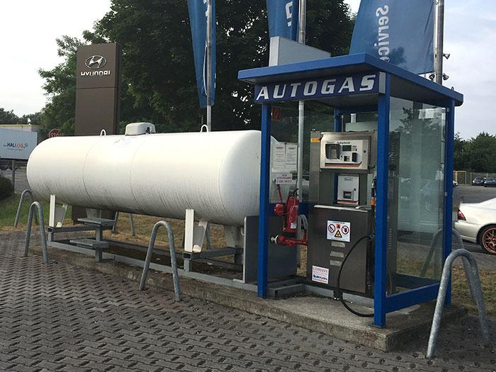 Tankstelle Flüssiggas: 46149 Oberhausen, Im Erlengrund 41 (BMW Muhra)