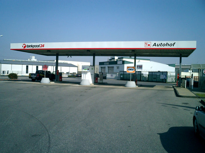 Tankstelle 551701: 52353 Düren, Am langen Graben 2a